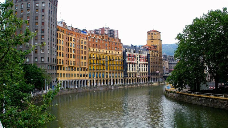 economic car rentals Bilbao